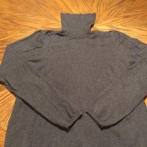 Gap long sleeve turtleneck sweater